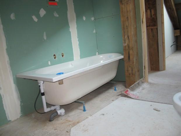 Evacuation baignoire pas cher - Comment installer une colonne de douche dans une baignoire ...