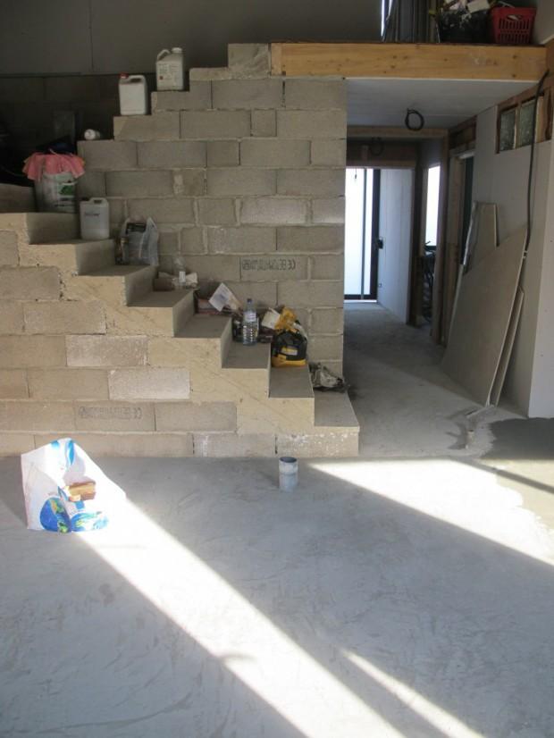 un chantier chauff la grange loft d 39 athayuyu. Black Bedroom Furniture Sets. Home Design Ideas