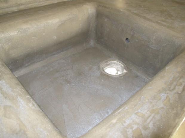 Week end 9 ciment liss dans la cuisine et la salle d eau la grange loft d 39 athayuyu for Plan de travail ciment