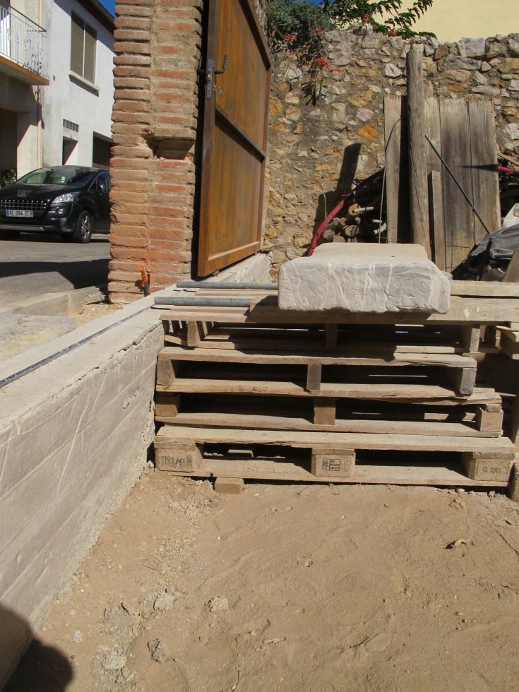 week end 34 un portail sur ses roues c est plus pratique la grange loft d 39 athayuyu. Black Bedroom Furniture Sets. Home Design Ideas